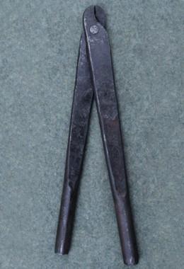 Rivet pliers round rivet code 8