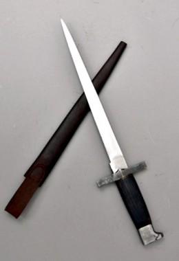 Hammer Head Pommel Dagger. 15th Century